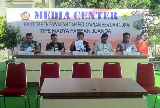 Konferensi Pers Juanda